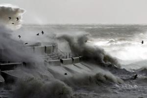 windy weather scotlands coast
